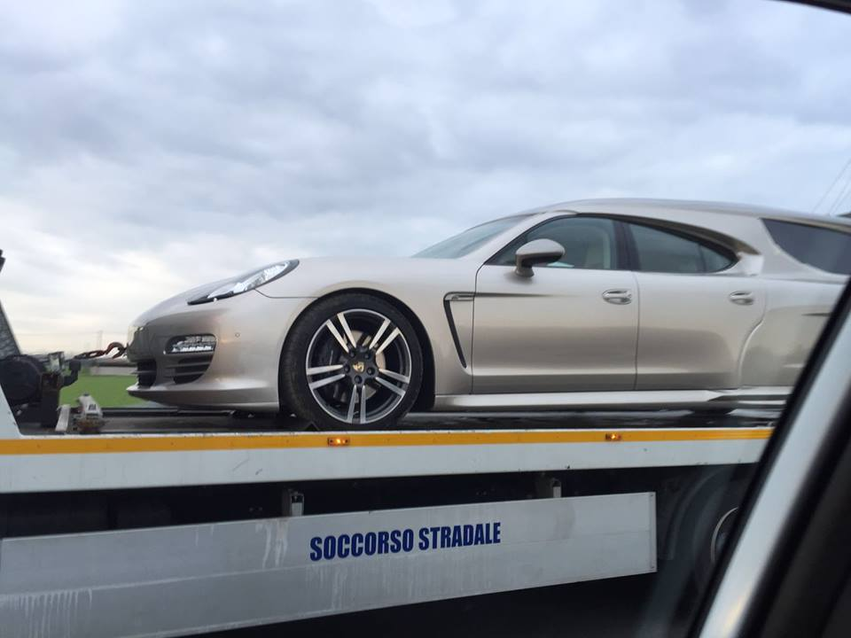 is-this-a-porsche-panamera-hearse_6.jpg
