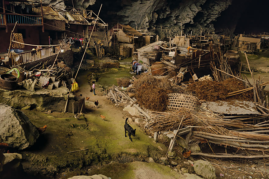miao-room-cave-village-china-1.jpg