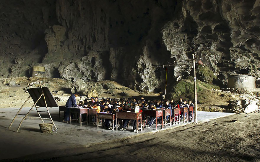 miao-room-cave-village-china-6.jpg