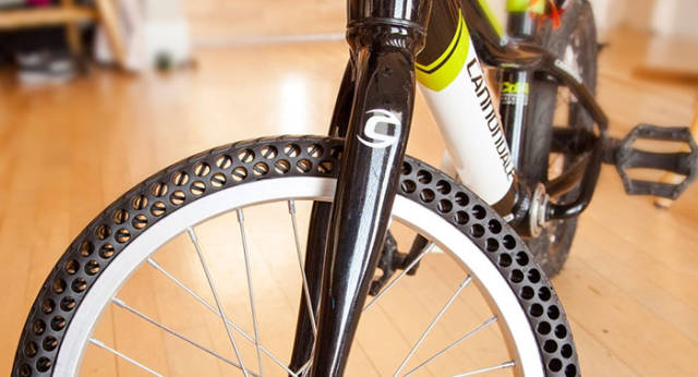 new_concept_bike_tires_that_cant_get_flat_640_01.jpg