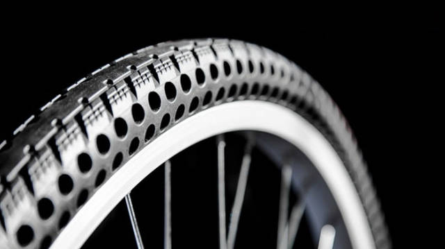 new_concept_bike_tires_that_cant_get_flat_640_02.jpg