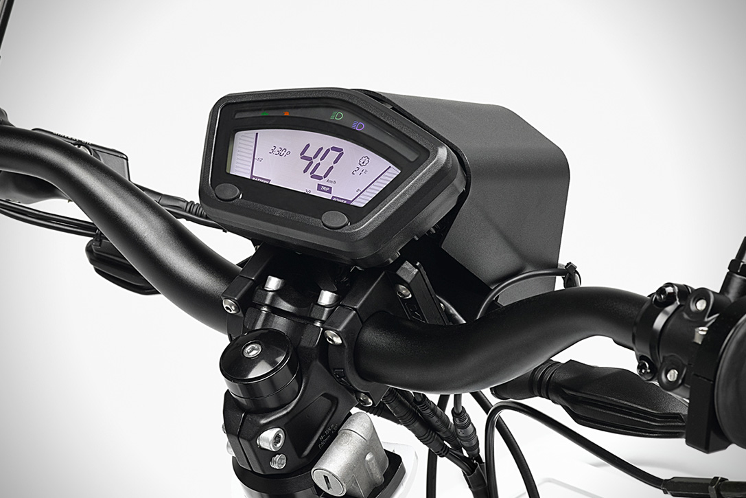 UBCO-2x2-Dual-Sport-Electric-Bike-04.jpg