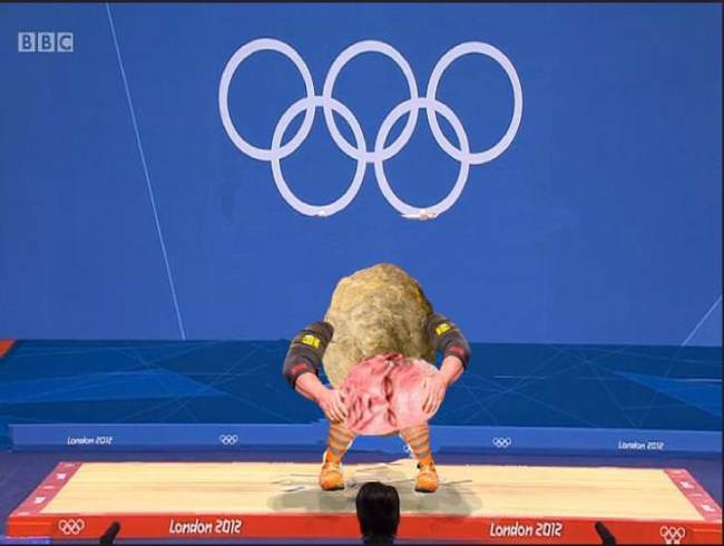 strongman-lifting-the-worlds-largest-potato-erupts-into-_005.jpg