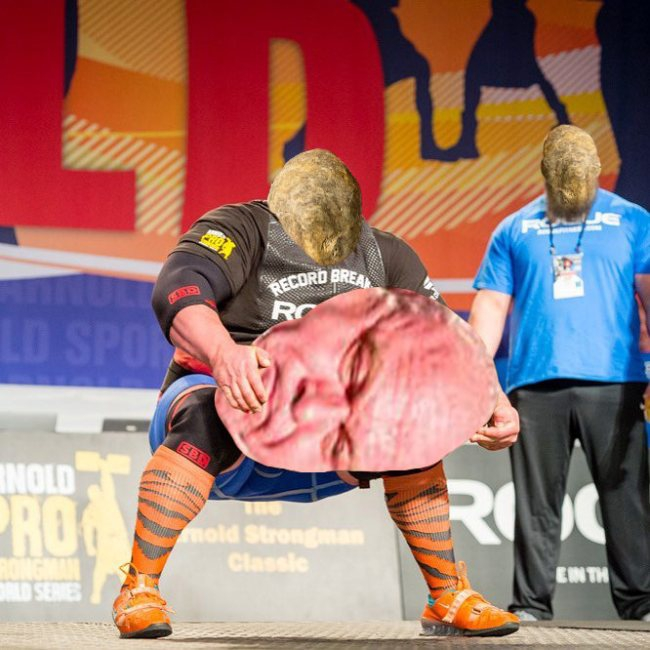 strongman-lifting-the-worlds-largest-potato-erupts-into-_009.jpg