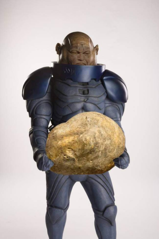 strongman-lifting-the-worlds-largest-potato-erupts-into-_011.jpg