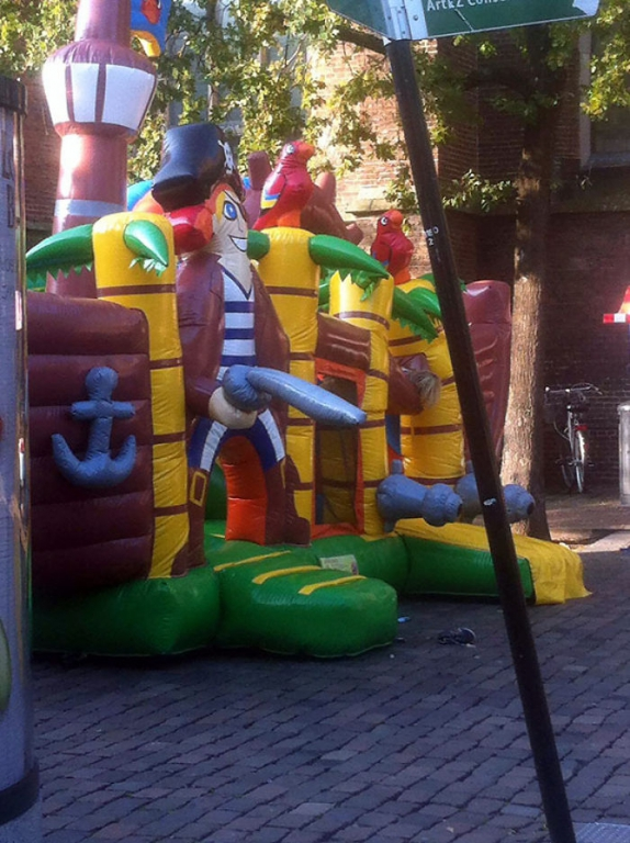 funny-children-playground-design-fails-10-5c35b85875c50__700.jpg