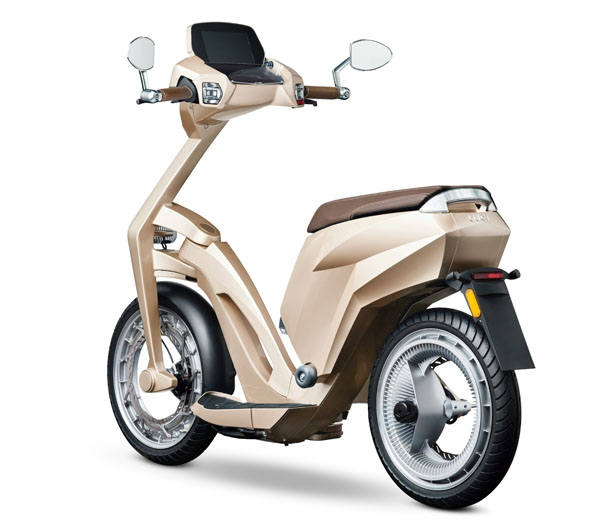 ujet-electric-scooter-modern-urban-mobility4.jpg