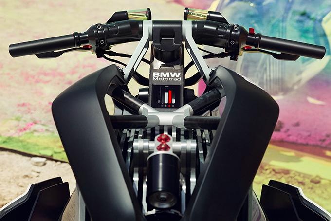 BMW-Motorrad-Vision-DC-Roadster-Motorcycle-3.jpg