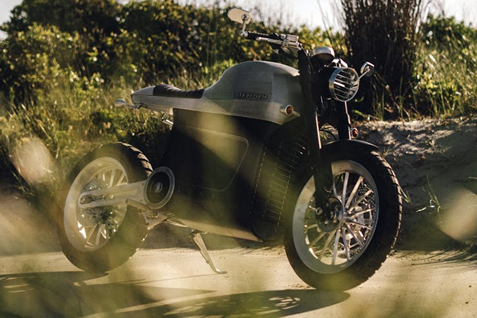 2021-Tarform-Luna-Electric-Motorcycle-2.jpg