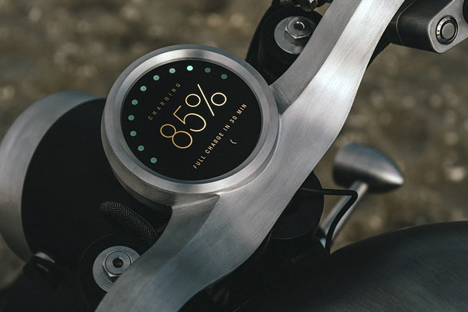 2021-Tarform-Luna-Electric-Motorcycle-3.jpg
