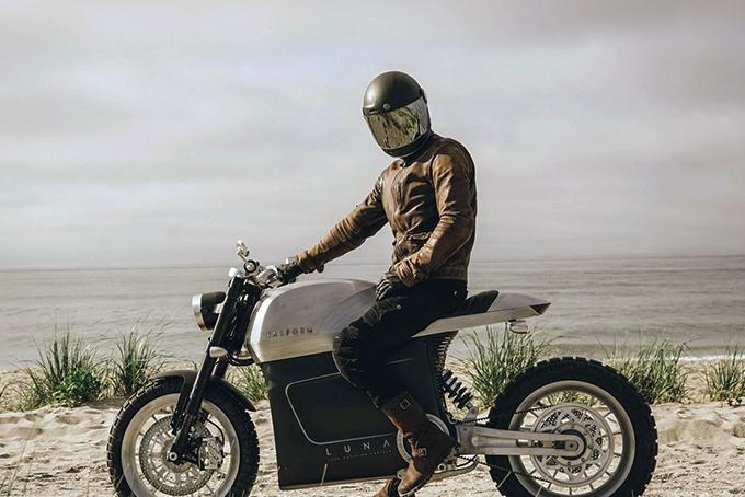 2021-Tarform-Luna-Electric-Motorcycle-5.jpg