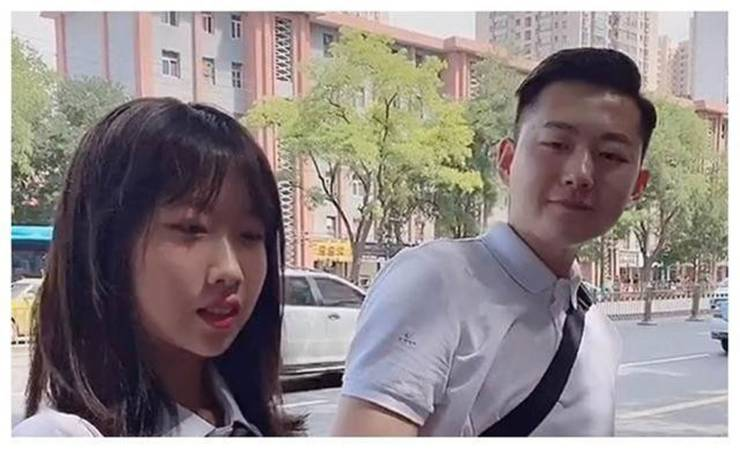 this_chinese_father_looks_more_like_his_15yearold_daughters_boyfriend_640_03.jpg