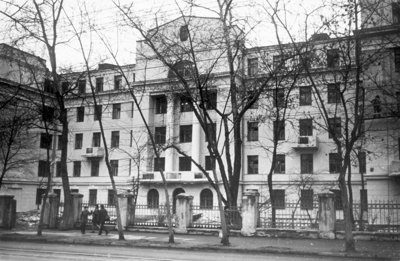 1375136 Улица Михалковская. Общежитие полиграфического института.jpg